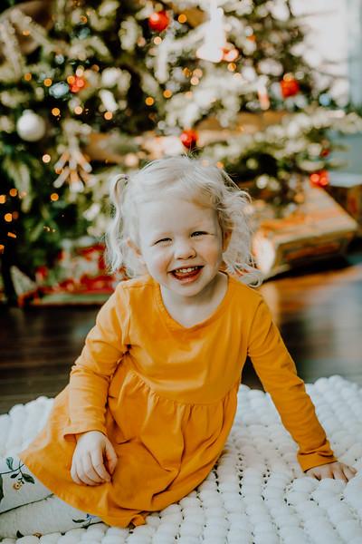 00377--©ADHphotography2018--ClaflinDaycare--ChristmasMini--December7