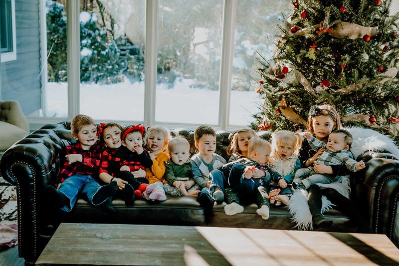 00853--©ADHphotography2018--ClaflinDaycare--ChristmasMini--December7