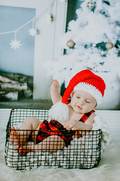00009--©ADHphotography2018--EverettGass--ChristmasQuicktakes--December15