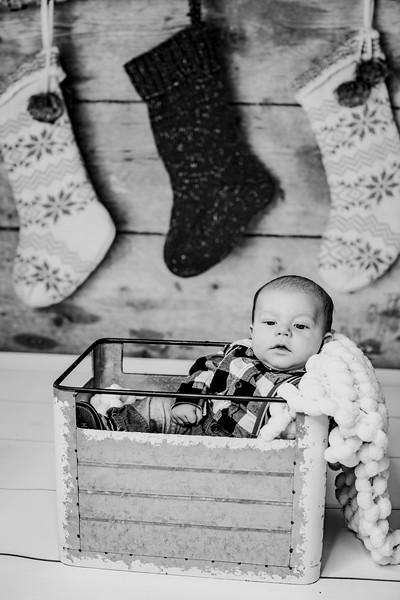 00010--©ADHphotography2018--StetsonChaytonVirgil--ChristmasMini--November15