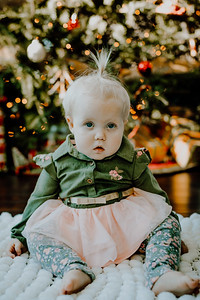 00327--©ADHphotography2018--ClaflinDaycare--ChristmasMini--December7