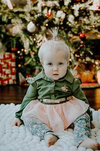 00331--©ADHphotography2018--ClaflinDaycare--ChristmasMini--December7