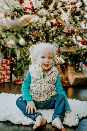 00141--©ADHphotography2018--ClaflinDaycare--ChristmasMini--December7