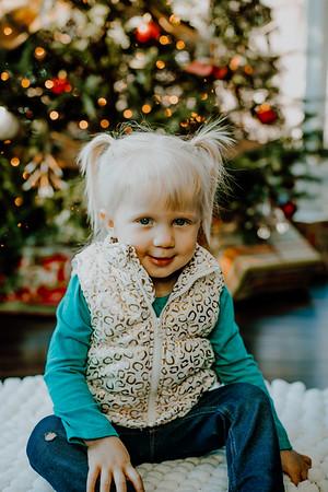 00139--©ADHphotography2018--ClaflinDaycare--ChristmasMini--December7