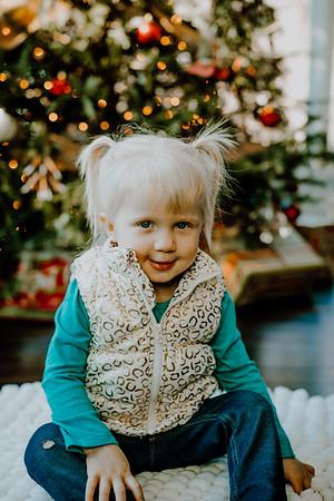 00137--©ADHphotography2018--ClaflinDaycare--ChristmasMini--December7