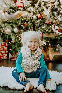 00147--©ADHphotography2018--ClaflinDaycare--ChristmasMini--December7