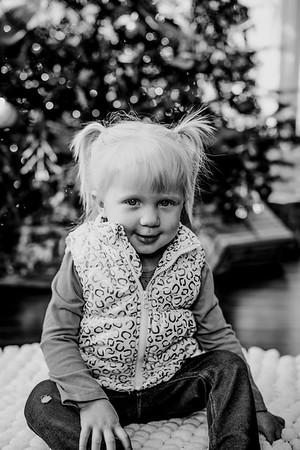 00140--©ADHphotography2018--ClaflinDaycare--ChristmasMini--December7