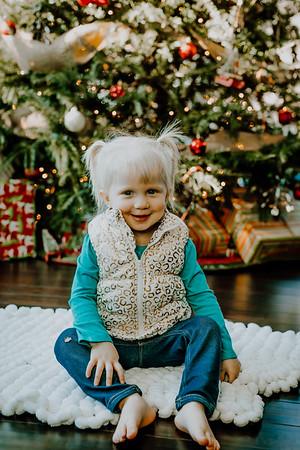 00135--©ADHphotography2018--ClaflinDaycare--ChristmasMini--December7