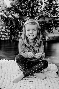 00748--©ADHphotography2018--ClaflinDaycare--ChristmasMini--December7