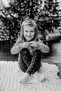 00744--©ADHphotography2018--ClaflinDaycare--ChristmasMini--December7
