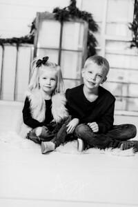 00002-©ADHPhotography2019--dickes--ChristmasMini--November5--bw