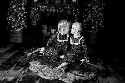 00004©ADHPhotography2020--Esch--ChristmasMini--October20bw