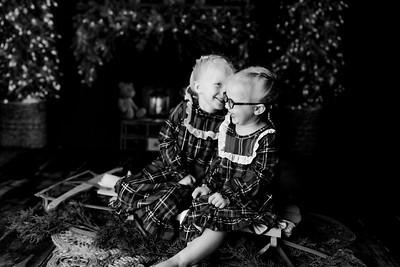 00009©ADHPhotography2020--Esch--ChristmasMini--October20bw
