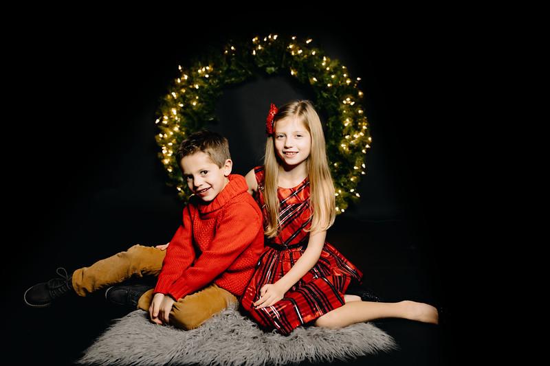 00017-©ADHPhotography2019--Dusatko--ChristmasMini--NOVEMBER29
