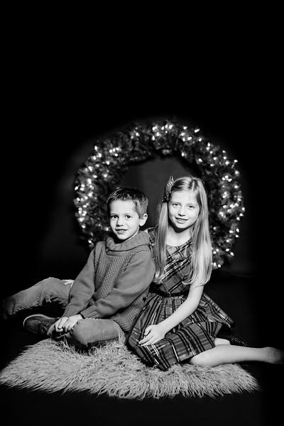 00022-©ADHPhotography2019--Dusatko--ChristmasMini--NOVEMBER29