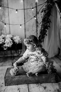 00110--©ADHPhotography2020--EmmaFornoff--OneYearAndFamil--March14bw