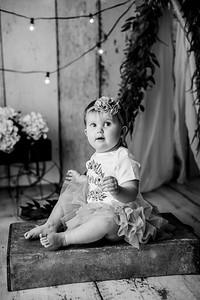 00114--©ADHPhotography2020--EmmaFornoff--OneYearAndFamil--March14bw
