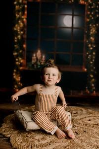 00007©ADHPhotography2020--EverettGass--NightBeforeChristmasMini--September16