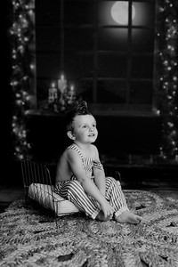 00002©ADHPhotography2020--EverettGass--NightBeforeChristmasMini--September16bw