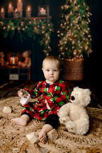 00025©ADHPhotography2020--Popp--ChristmasMini--October29