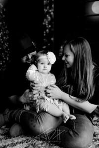 00041©ADHPhotography2020--Popp--ChristmasMini--October29bw