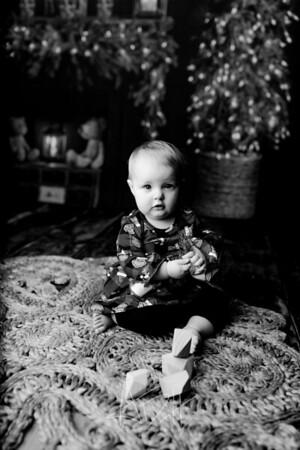 00009©ADHPhotography2020--Popp--ChristmasMini--October29bw