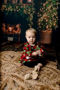 00009©ADHPhotography2020--Popp--ChristmasMini--October29