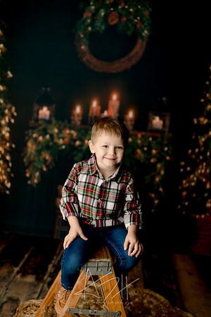 00002©ADHPhotography2020--Sharp--ChristmasMini--November19