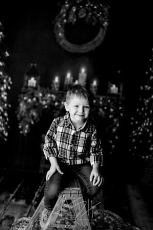 00002©ADHPhotography2020--Sharp--ChristmasMini--November19bw