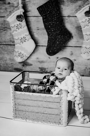 00016--©ADHphotography2018--StetsonChaytonVirgil--ChristmasMini--November15