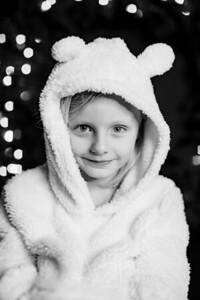 00021-©ADHPhotography2019--CrystalWest--ChristmasMini--November12--bw