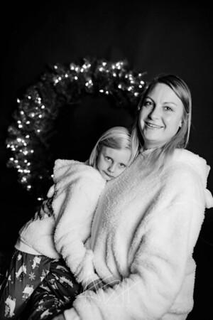 00005-©ADHPhotography2019--CrystalWest--ChristmasMini--November12--bw