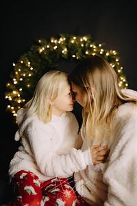 00010-©ADHPhotography2019--CrystalWest--ChristmasMini--November12