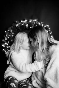 00009-©ADHPhotography2019--CrystalWest--ChristmasMini--November12--bw