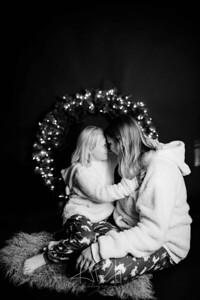 00008-©ADHPhotography2019--CrystalWest--ChristmasMini--November12--bw