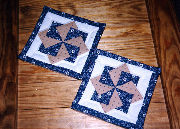 1983 Mini quilt blocks