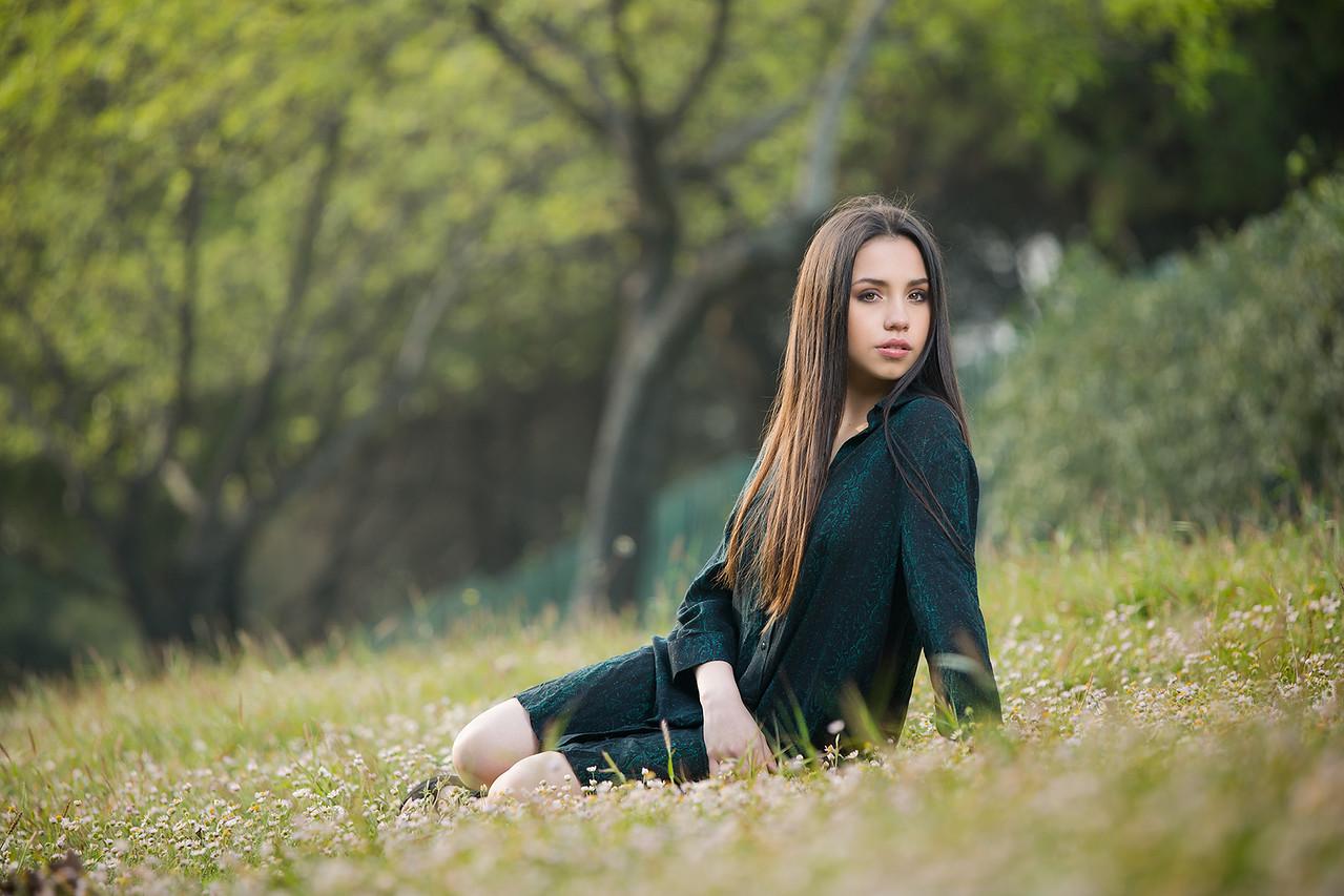 IMAGE: https://photos.smugmug.com/Quinceaños/n-k9ShK/2019/Kenya-chicas/i-Bg9KVJC/0/07509fa0/X2/IMG_5468-X2.jpg