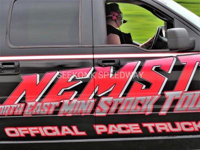 8.5.17 NASCAR Saturday plus NE Mini Stock Tour