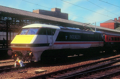 91009 on tests at Crewe, 1989.