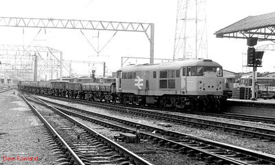 31105 runs through Crewe with a down departmental working on 16th September 1991.
