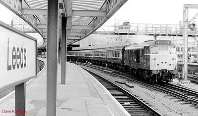 31404 is seen again at Leeds, at the head of a passenger service. 24th May 1990.