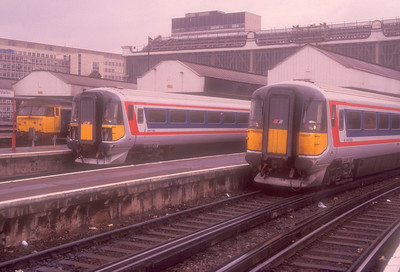 47435, 2410 and 2421 at Waterloo on 5th December 1989.