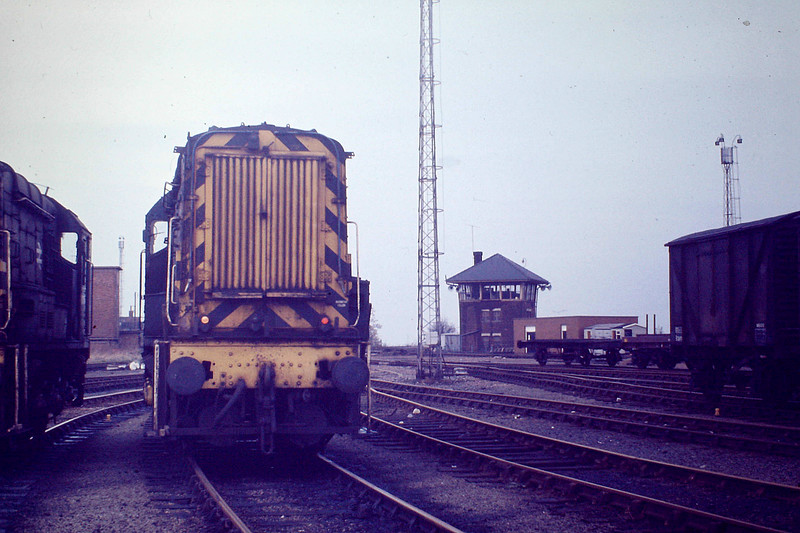 'Whitemoor Up Hump Tower and Pilots'. Shunting on the Whitemoor Humps had been dieselised since the end of World War Two due to the greater ease of slow speed control with a diesel engine.