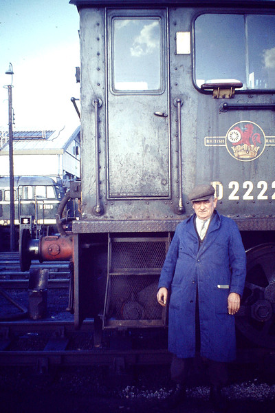 D2222 and Bert Pope outside the Depot Office. The new Diesel Depot is visible in the background with D5569. D2222, one of the doomed Class 04's, was based at March from 07/63 to 07/68, when she was withdrawn.
