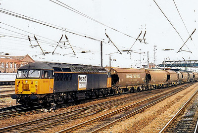 56 090 - BR Class 56 Type 5 Co-Co DE - built 03/81 by Doncaster Works - withdrawn 10/06 - seen here at Doncaster.