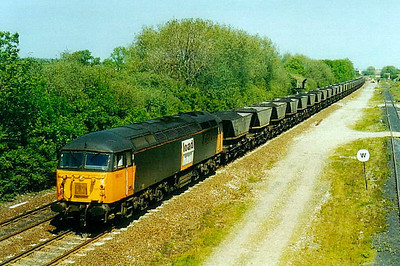 56 113- BR Class 56 Type 5 Co-Co DE - built 10/82 by Doncaster Works - withdrawn 04/03 - seen here at Stenson Junction.