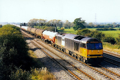 60038 - Brush Class 60 Type 5 Co-Co DE - built 03/91 by Brush Traction - 12/08 to store at Toton - seen here at Marshfield - note bodyside logo.