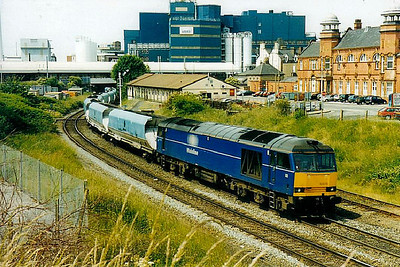 60078 - Brush Class 60 Type 5 Co-Co DE - built 11/91 by Brush Traction - 07/07 to store at Toton - seen here at Warrington.