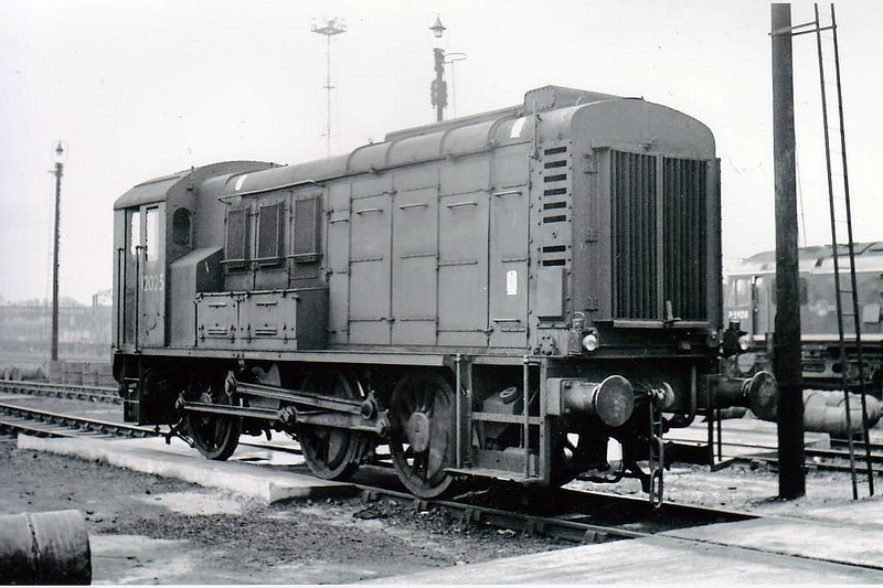 12025 - LMS 0-6-0DE Shunter - built 1942 by Derby Works as LMS No.7112 - withdrawn 11/67 - Class 11 was developed from these locos and so became the prototype for Class 08.