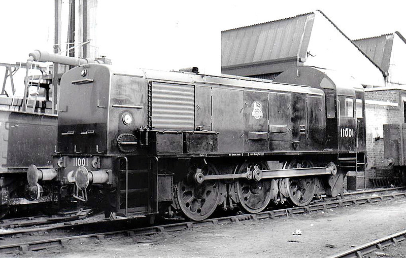 11001 - 0-6-0 DM - built at Ashford Works in 02/50 - 08/59 withdrawn from 75C Norwood Junction, where seen in 06/50 - note Bulleid 'Boxpok' wheels.